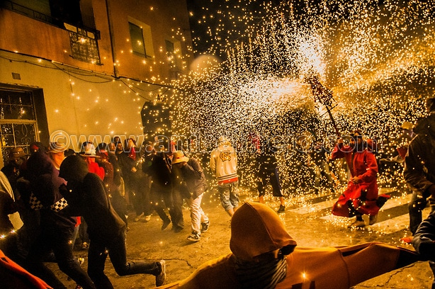 Ball de Diables (Devils dance) Group on Correfoc (Firerun) perfo