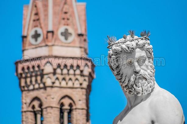 The Fountain of Neptune by Bartolomeo Ammannati in front of the Palazzo Vecchio at Piazza della Signoria in Florence, Italy (Anibal Trejo)