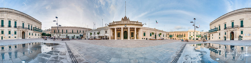 Grandmaster's Palace and Main Guard building at the Palace Square in Valletta, Malta