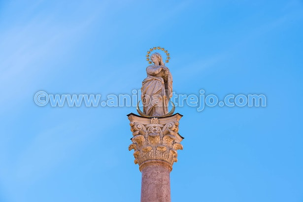 St Anne Column in Maria-Theresien Street, a statue of the Virgin Mary atop a Corinthian red marble column erected in 1706 to celebrate the withdrawal of invading Bavarian armies in Innsbruck, Austria. (Anibal Trejo)