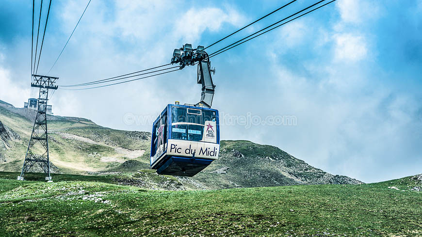 Cableway in Pic du Midi, France