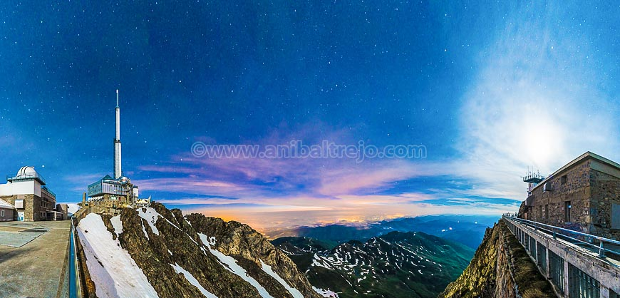 Night at Pic du Midi, France